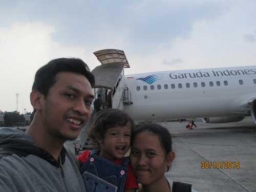 bandara husein sastranegara bandung garuda indonesia PK-GFW azalea
