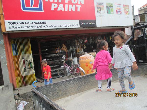 toko bangunan pasar kembang surabaya