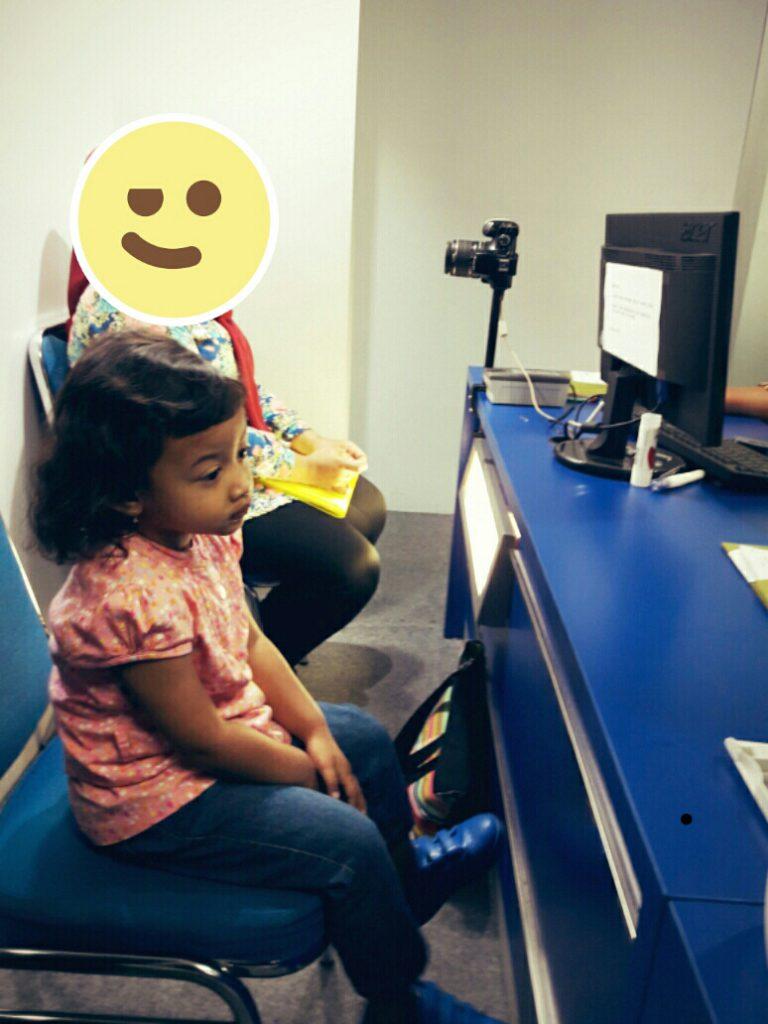 wawancara e paspor anak surabaya
