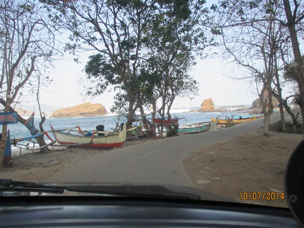 Perahu nelayan papuma jember