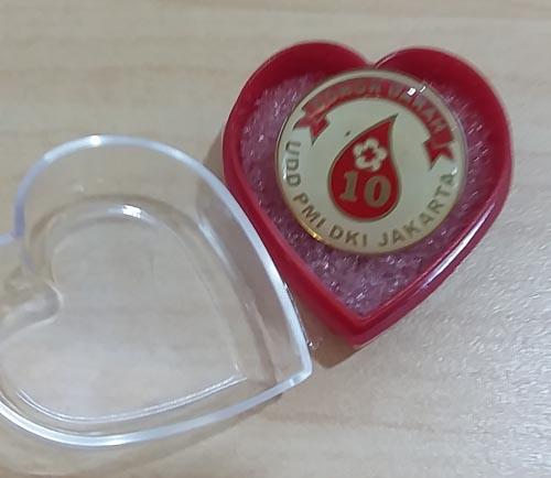 pin penghargaan donor 10 kali